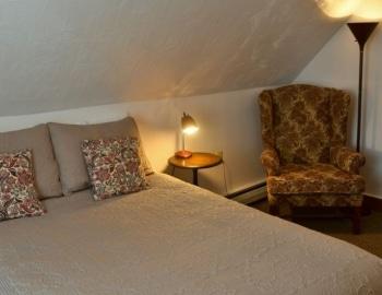 Bedroom in Hawk Mountain Lodge